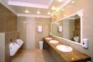 Зеркало для общественного туалета